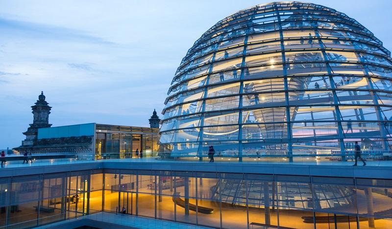 Der Deutsche Rentenversicherung Bund ist Teil des gesetzlichen Rentenversicherungssystems für die Bundesrepublik Deutschland. Der Bund hat seinen Hauptsitz in Berlin.(#01)