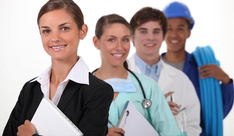 Der Bund ging dazu über, Versicherte aus sämtlichen Berufssparten zu überwachen und zu betreuen.(#03)